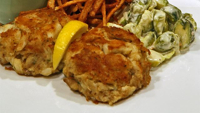 1 Lb Of Jumbo Crab Meat Sweet Claw 30 Er Style Ers Crushed Into Crumbs 2 Tbsps Dijon Mustard Tbsp Worcestershire Sauce