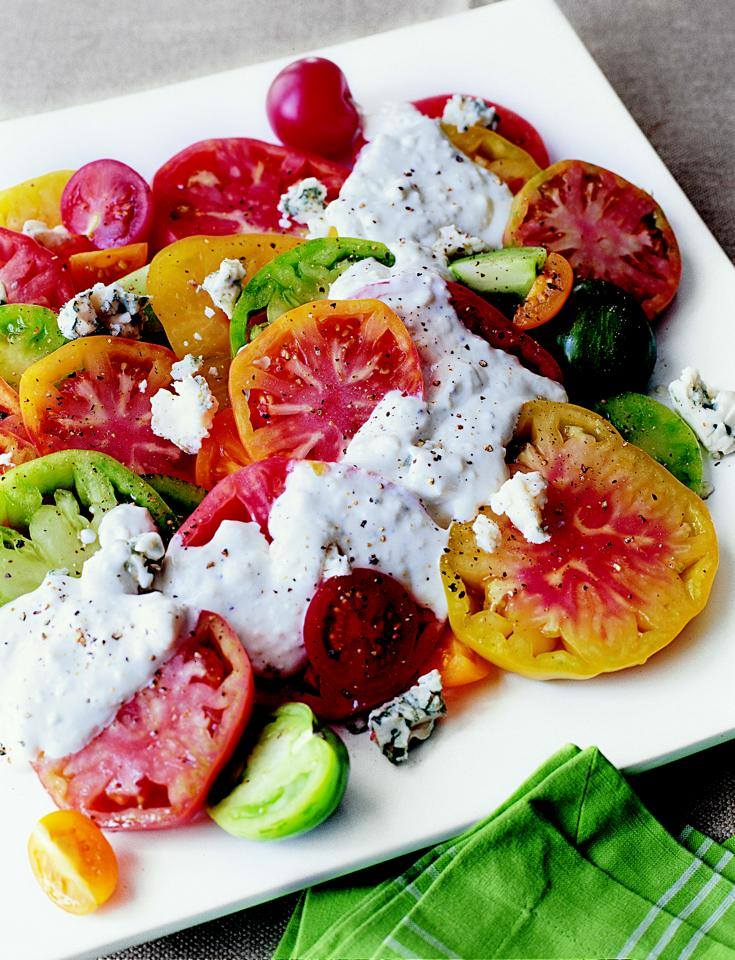 heirloom tomatoes with blue cheese dressing from ina garten