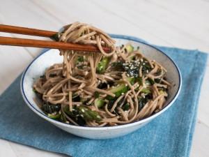 20150605-seaweed-pasta-salad-daniel-gritzer-13-thumb-625xauto-423921