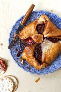 recipe_baked-brie-en-croute_800x1200